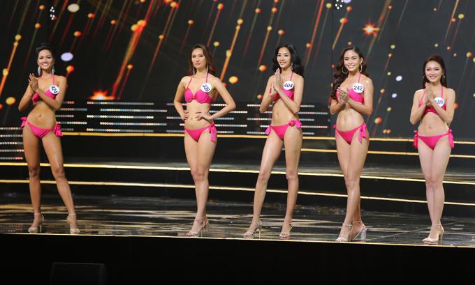 Hoàng Thuỳ và Mâu Thuỷ vào top 10 cùngHHen Nie, Hoàng Như Ngọc, Nguyễn Thị Ngọc Nữ.