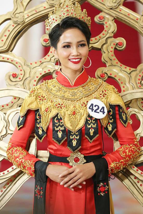 Hành trình đến vương miện Hoa hậu Hoàn vũ Việt Nam 2017 của HHen Nie - 10