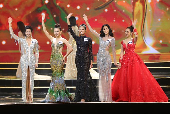 Top 5 gồm Bùi Thanh Hằng (SBD 413), HHen Nie (424), Hoàng Thị Thuỳ (SBD 404), Mâu Thị Thanh Thuỷ (SBD 242) và Tiêu Ngọc Linh (SBD 349)