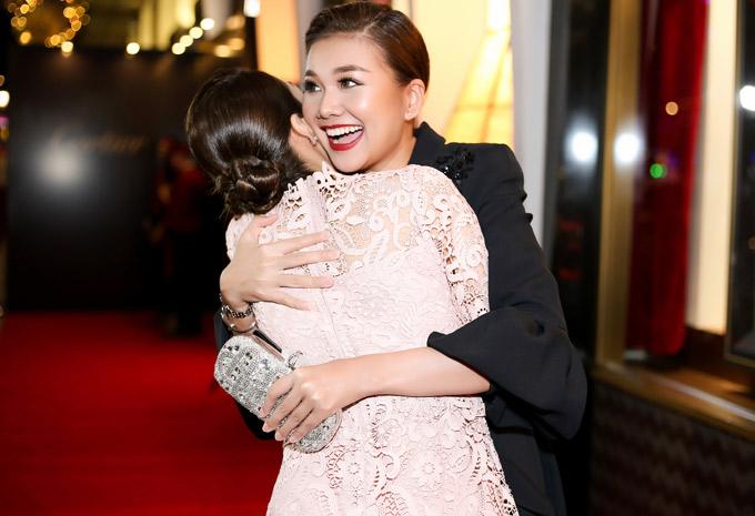 Cô vui mừng gặp gỡ diễn viên Tăng Thanh Hà.