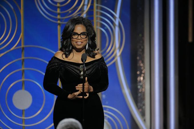 Oprah Winfrey đã có bài phát biểu cảm động khi lên nhận giải Thành tựu trọn đời. Ngôi sao truyền hình Mỹ chia sẻ về những người đã truyền cảm hứng cho cô để có được như ngày hôm nay. Oprah cũng ngợi ca những người phụ nữ đã mạnh mẽ đứng lên đấu tranh chống nạn lạm dụng tình dục. Tôi muốn lễ trao giải đêm nay dành tặng những phụ nữ phải chịu đựng nạn quấy rối và xâm hại hàng năm qua. Một ngày mới đã ở phía chân trời và khi ngày đó tới, nó sẽ là vì những phụ nữ phi thường này, cô bày tỏ. Các nghệ sĩ đồng loạt đứng dậy và nhiều người đã khóc khi nghe bài phát biểu của Oprah.