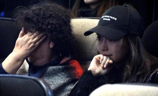 Angelababy và mẹ chồng khóc như mưa khi đi xem phim Huỳnh Hiểu Minh đóng - 3