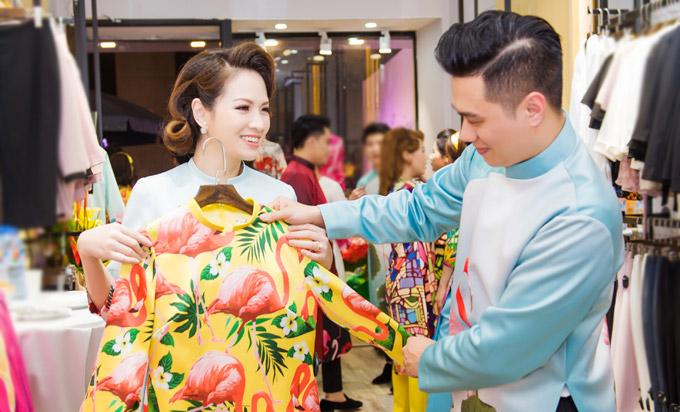 Việt Anh không sợ vợ ghen khi mặc dài đôi với Đan Lê - 5