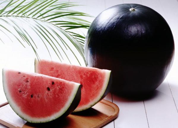 5 loại trái cây có hình thù kỳ lạ, chỉ có ở Nhật - 2