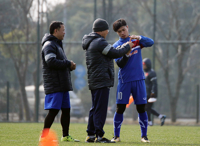 Thầy trò HLV Park Hang Seo gặp khó khăn với lịch tập muộn theo bố trí của ban tổ chức giải U23 châu Á. Ảnh: VFF.