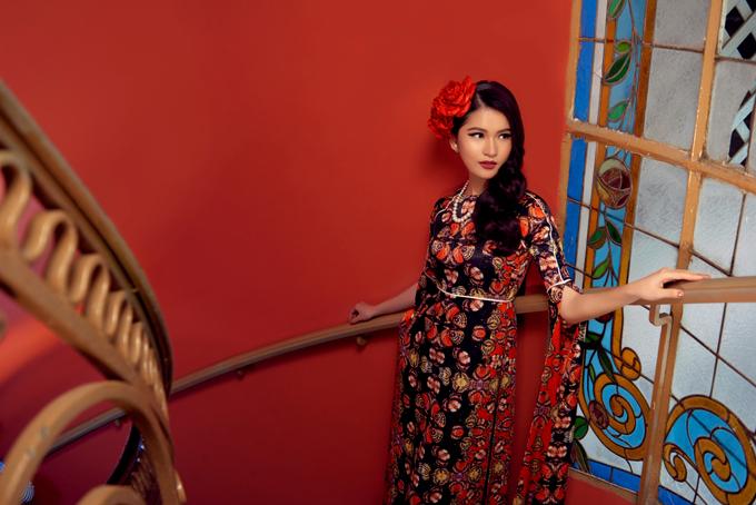 Đây là lần thứ 2 Adrian Anh Tuấn nhận được lời mời từ tuần lễ thời trang này, nơi quy tụ hơn 50 nhà thiết kếtài năng từ khắp nơi trên thế giới đến để giới thiệu bộ sưu tậpmới hằng năm.