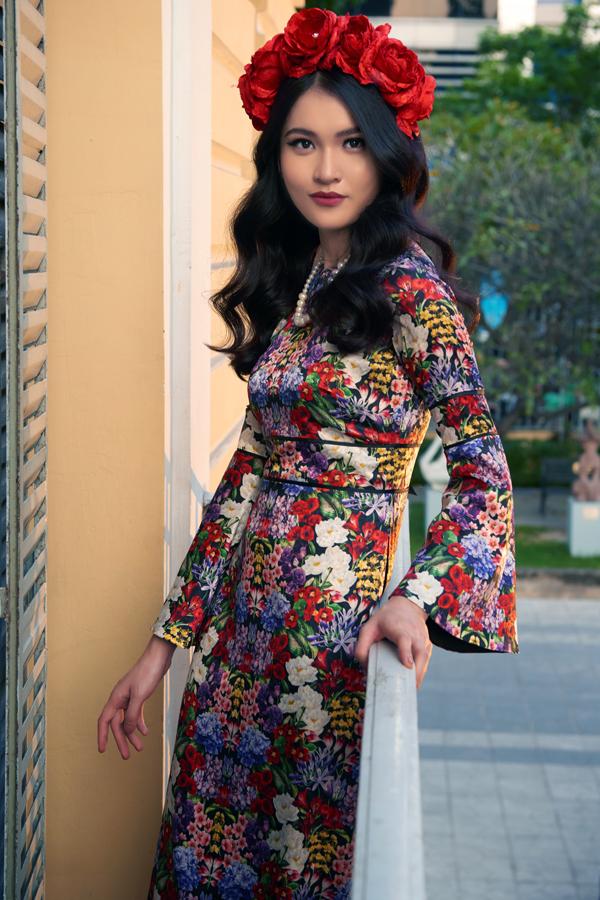 Bên cạnh việc trình diễn cácmẫu trang phụcready to wear, nhà thiết kếsẽ mang những chiếc áo dài Việt Nam đến với sàn diễn quốc tế.