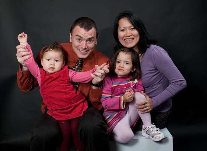 Gia đình hạnh phúc của Thu Phương và Alexis, ảnh chụp năm 2010.