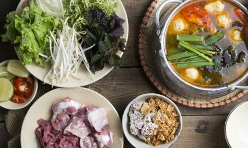 Thưởng thức hơn 40 món Việt tại nhà hàng Truly, Hà Nội