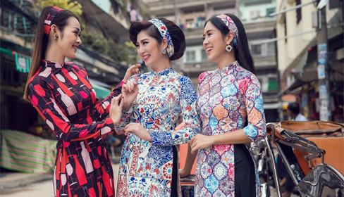 Áo dài 'Cô ba Sài Gòn' thành hot trend đón Tết Nguyên đán