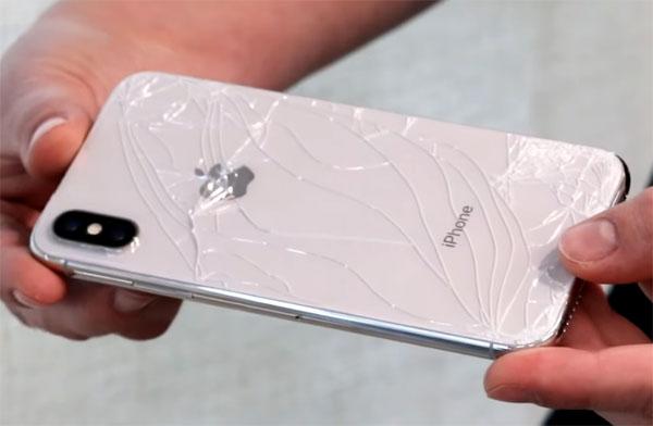 Tại sao vỡ mặt lưng là điều đáng sợ nhất trên iPhone 8, 8 Plus và iPhone X