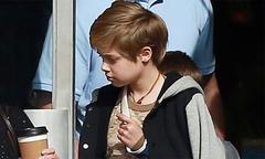 Con gái Jolie-Pitt bị gãy xương đòn khi đi du lịch