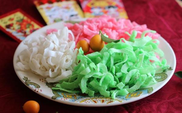 7 thực phẩm ngày Tết dễ nhiễm độc cần hạn chế ăn - 4