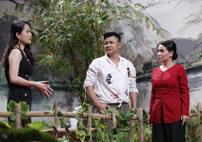 Phó phòng Lâm Vĩ Dạ kết hợp tới nghệ sĩ Tự Long thử thách Phi Nhung. Giọng ca hải ngoại rất tự tin, hoạt ngôn. Phi Nhung khiến danh hài Hoài Linhphải tá hỏa khi kể chuyện mẹ anh từng muốn cô trở thành con dâu.