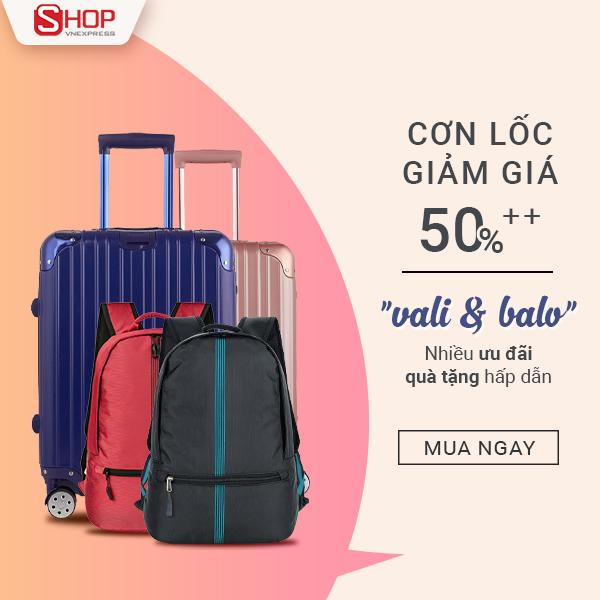 Trong ngày Tết, bạn có kế hoạch đi du lịch hay trở về đoàn tụ cùng gia đình chắc chắn sẽ cần đến một chiếc vali kéo thời trang. Ronal đưa ra chương trình tri ân ưu đãi hơn 50% diễn ra từ ngày 10/1 đến hết ngày 31/1/2018 dành cho các mẫu balo, vali.
