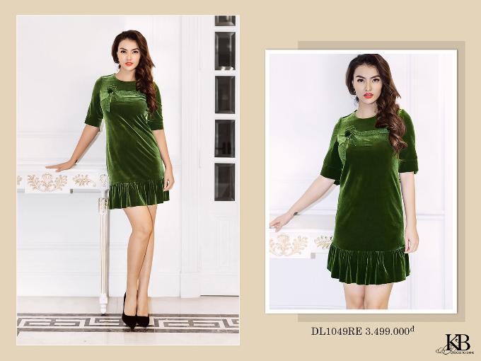 Tông xanh Lime cùng với chi tiết ánh nhung mềm mượt, sang trọng sẽ giúp bạn trở thành quý cô sành điệu và đẳng cấp khi diện thiết kế đầm trong bộ sưu tập Romanticism of Season của KB Fashion!