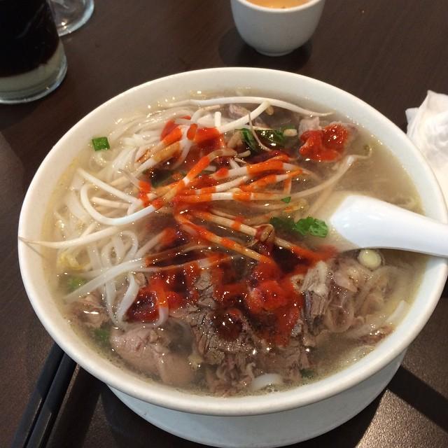 Sao TVB mê đồ Việt, tuyên bố không gì ngon hơn phở - 12