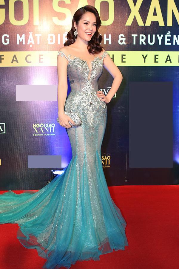 Hoa hậu HHen Niê và hai Á hậu lần đầu đi event sau đăng quang - 3