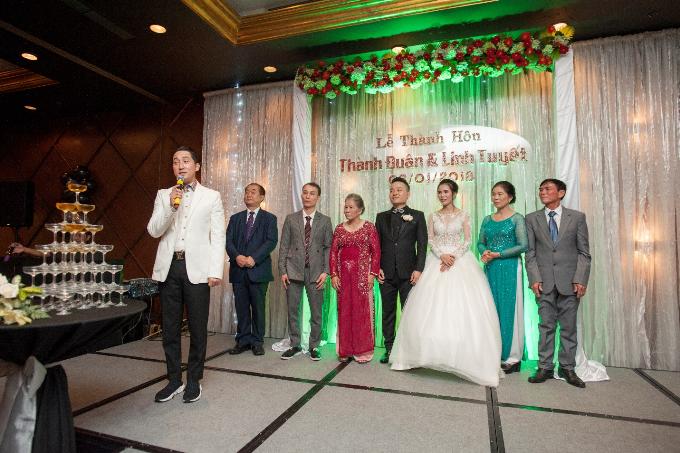 Đám cưới cũng nhận được lời chúc của ông Kim Soo Hun - Chủ tịch KL Leading group tại Hàn Quốc.