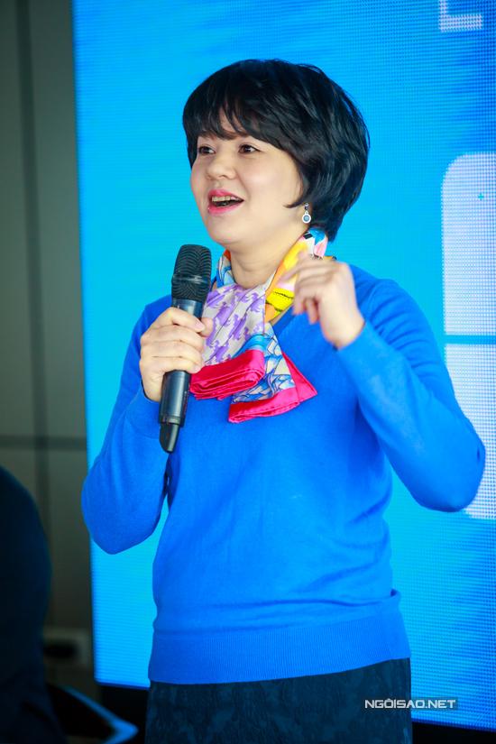 MC Diễm Quỳnh trở lại sau thời gian nghỉ sinh con. Cô đang đảm nhận chức vụ Trưởng ban Thanh thiếu niên của VTV. Chia sẻ tại buổi giao lưu, Diễm Quỳnh cho biết, VTV6 sẽ thực hiện bướcchuyển mình mang tên Thế hệ số 2018 để phù hợp với sự ra mắt củ nhiều chương trình mới, phù hợp với đời sống hiện nay của giới trẻ.