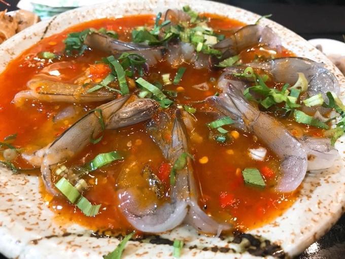 Ứa nước miếng với 3 món sốt Thái chua cay ở Sài Gòn - 1