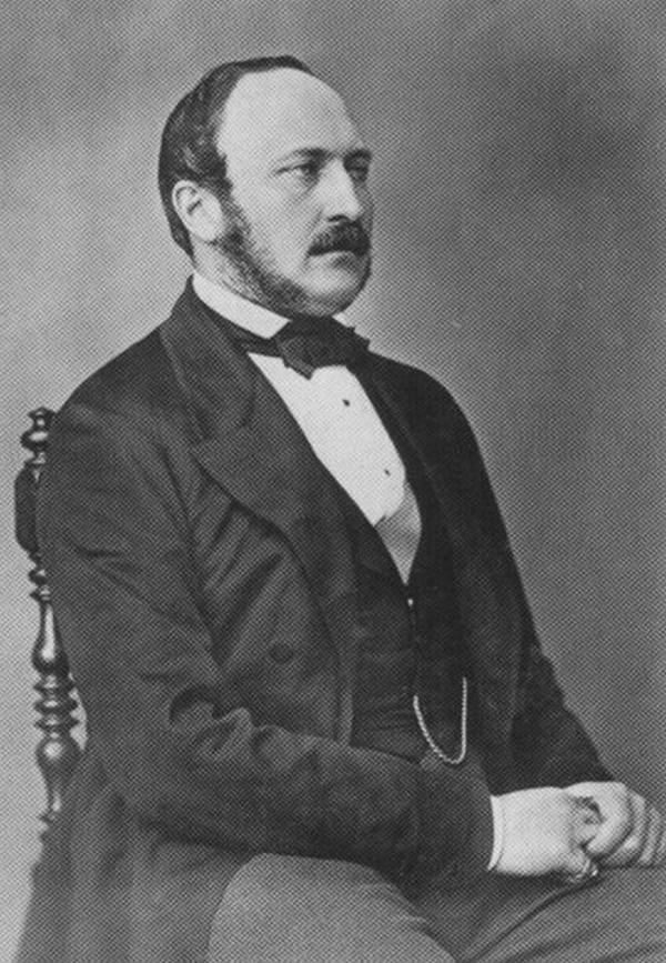 Xỏ khuyên vào chỗ kín Phụ nữ giàu có thời Victoria thích xỏ khuyên vào ngực còn đàn ông thì xỏ vào của quý. Hoàng tử Albert là người cực kì ưa thích phong cách này.