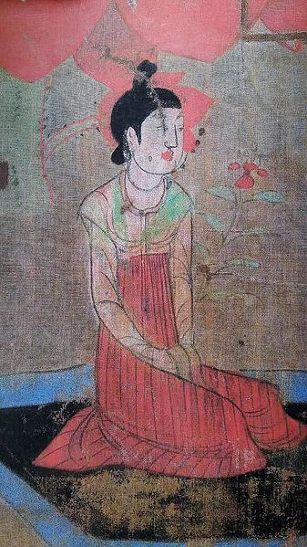 Mặt tròn, má phúng phính mới đẹp Tiêu chuẩn phụ nữ đẹp thời nhà Đường ở Trung Quốc là mặt tròn, má phúng phính.