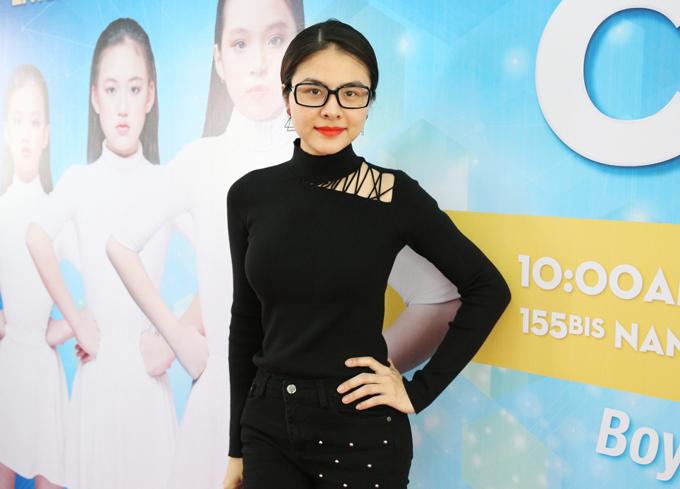 Xuất hiện trong buổi tuyển chọn người mẫu còn có sự góp mặt của Vân Trang. Diễn viên cho biết: Dù còn khá nhỏ nhưng các bé đã thể hiện được niềm yêu thích thời trang của mình thông qua từng bước đi, biểu cảm trên khuôn mặt. Đây cũng là bài toán khó đối với chúng tôi trong quá trình lựa chọn những gương mặt ấn tượng nhất cho chương trình.