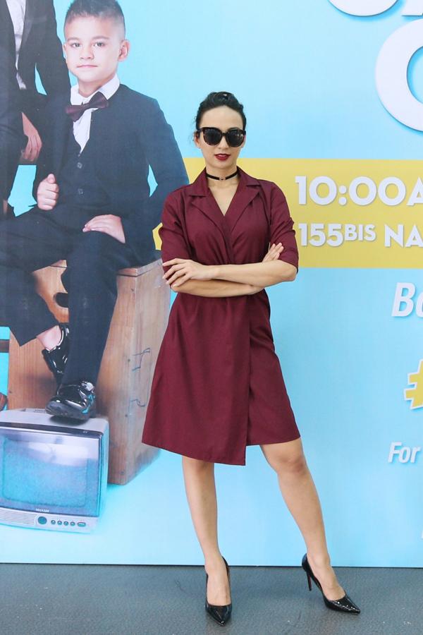 Cùng với Diễm Trang và Vân Trang là giám khảo Ngọc Diễm. Vốn có con gái nhỏ nên nữ MC rất hào hứng khi được đồng hành cùng một chương trình tạo nên sân chới thú vị cho các bé thiếu nhi.
