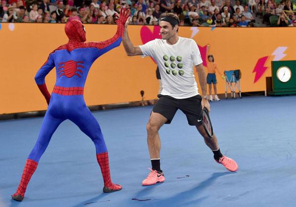 Djokovic, Federer và Wozniacki so tài cùng biệt đội siêu anh hùng - 3