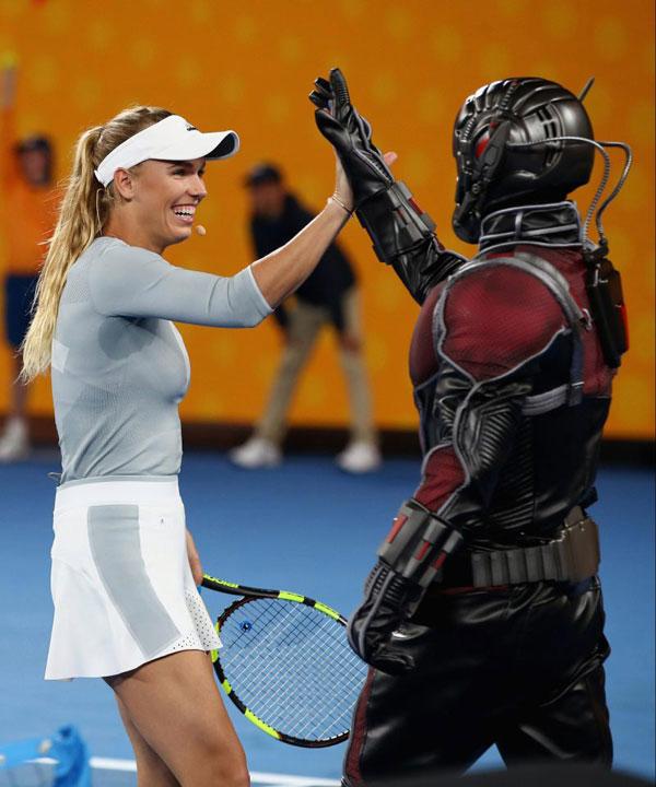 Djokovic, Federer và Wozniacki so tài cùng biệt đội siêu anh hùng - 4