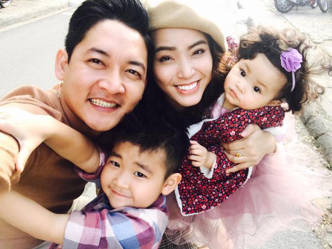 Vợ chồng Hải Băng và hai con Kem, Kid.