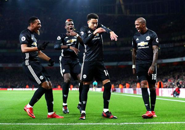 Điệu nhảy quen thuộc của tiền vệ MU sau khi ghi bàn.