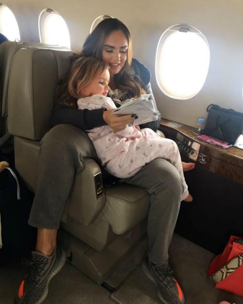 Sở thích đi du lịch của gia đình con gái tỷ phú F1 - 8