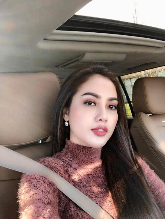 Bà xã Việt kiều xinh đẹp của ca sĩ Lâm Vũ - 1