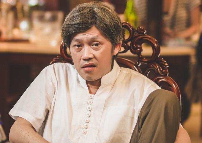Hoài Linh vàovai ông nội quyền lực trong phim Tết.
