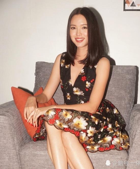 Hoa hậu Trương Tử Lâm cuốn hút nhan sắc gái một con - 4
