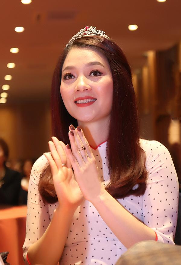 Hoa hậu Quý bà Hoàng Yến tham dự buổi họp báo công bố cuộc thi Queen of the Spa 2018 tổ chức tại Hà Nội ngày 5/1.
