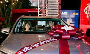 C.T Group thưởng Tết bằng ôtô