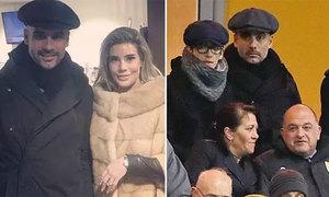 Guardiola và con trai đội mũ đôi đi 'do thám'