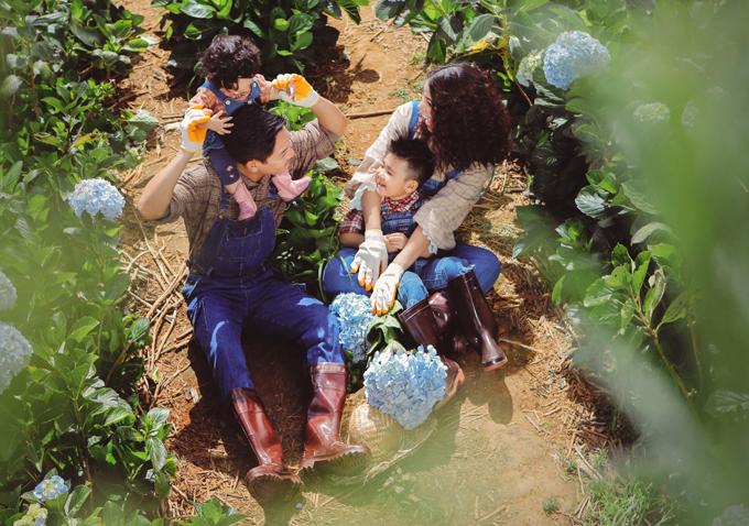 Từ khi bà xã mang thai, diễn viên Thành Đạt cũng bận rộn hơn trước. Anh luôn đỡ đần, chia sẻ việc nhà để Hải Băng đỡ vất vả.