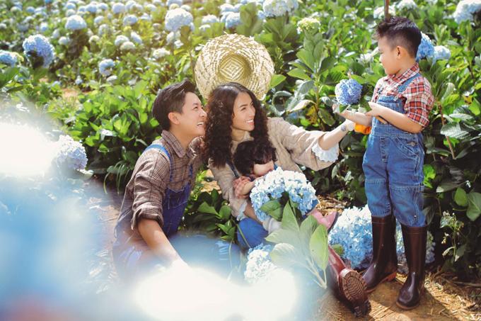 Gia đình Hải Băng - Thành Đạt dạo chơi trong vườn cẩm tú cầu Đà Lạt - 7