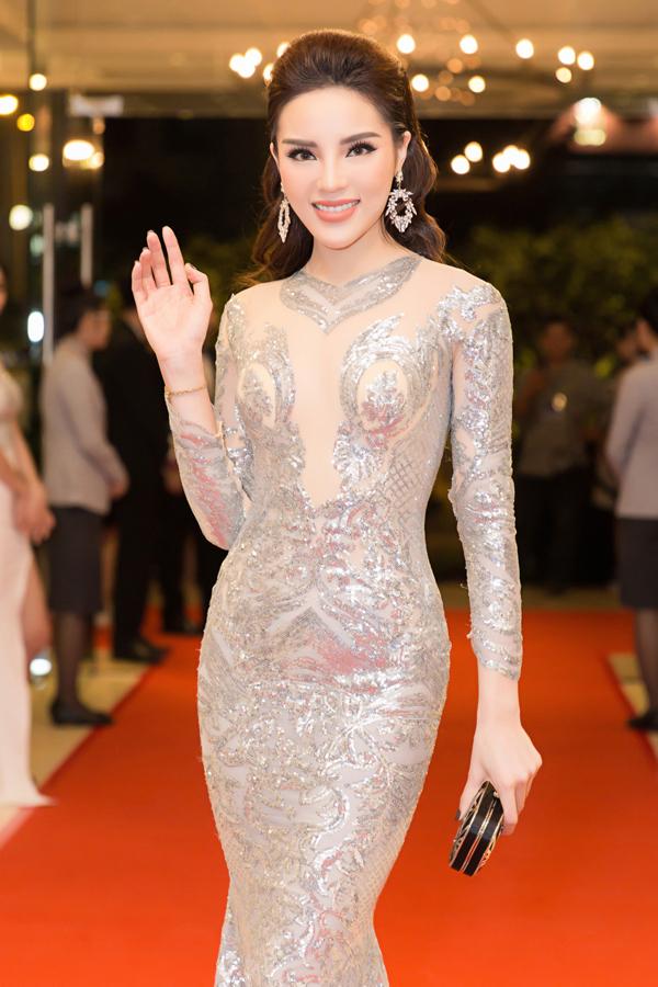 Mỹ nhân quê Nam Định xinh tươi rạng rỡ ở tuổi 22.