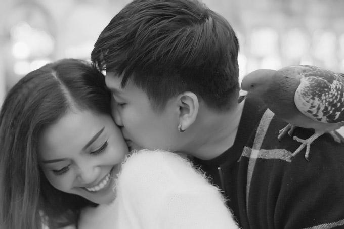 Ngọc Anh hôn bạn trai tin đồn Tô Minh Đức say đắm ở Italy - 9