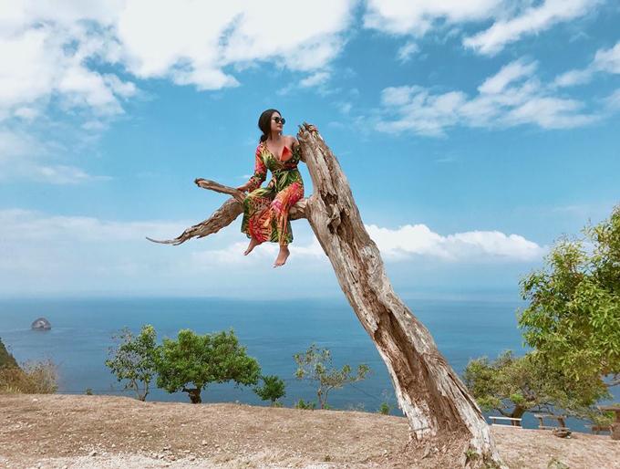 Kỷ niệm trầy da tróc vẩy ở Bali của nàng nấm lùn sexy - 1
