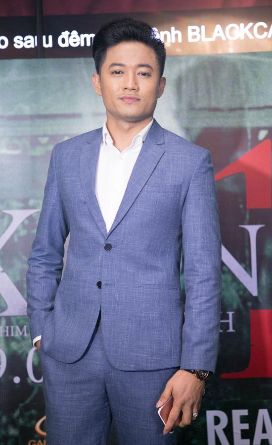 Đến dự buổi ra mắt phim Xưởng 13 tối qua còn có diễn viên Quý Bình.