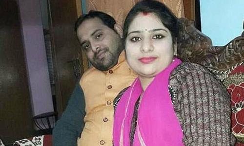Vợ treo cổ tự tử vì chồng không đưa đi shopping