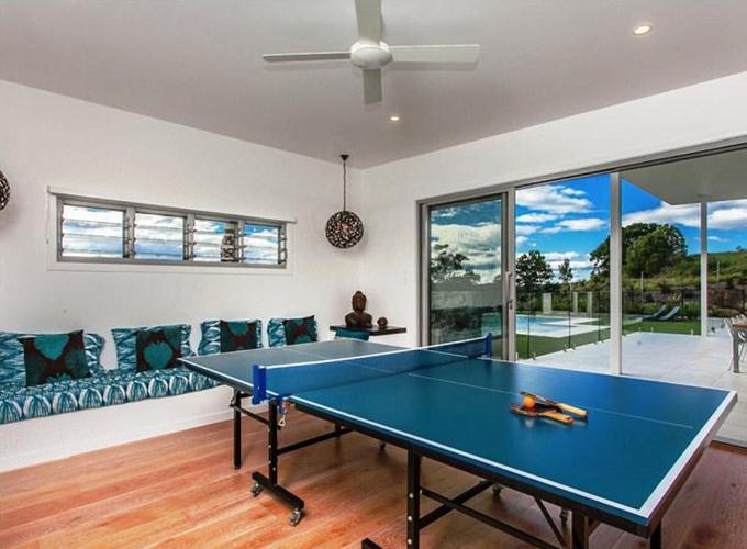 Phòng chơi tennis.