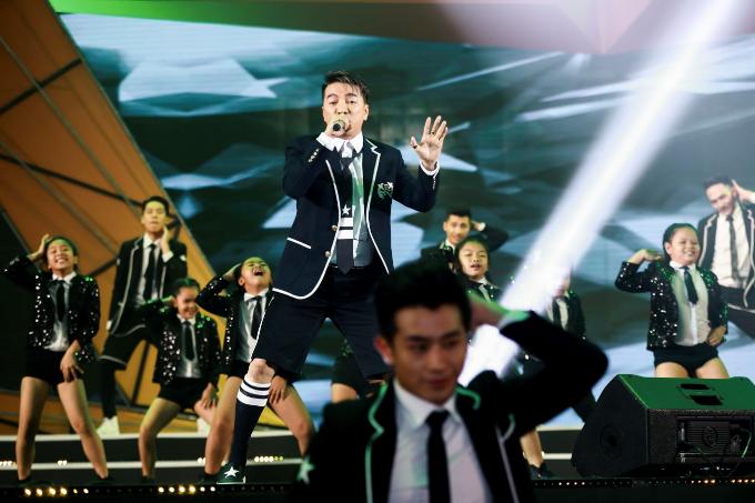 Đàm Vĩnh Hưng đưa Sài Gòn Bolero lên sân khấu đêm trao giải POPS Awards 2017 - 8
