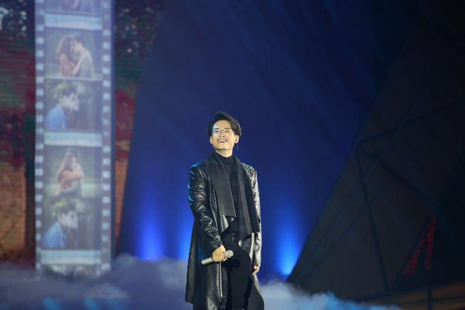 Đàm Vĩnh Hưng đưa Sài Gòn Bolero lên sân khấu đêm trao giải POPS Awards 2017 - 2
